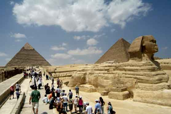 New turmoil hits Egypt's tourism