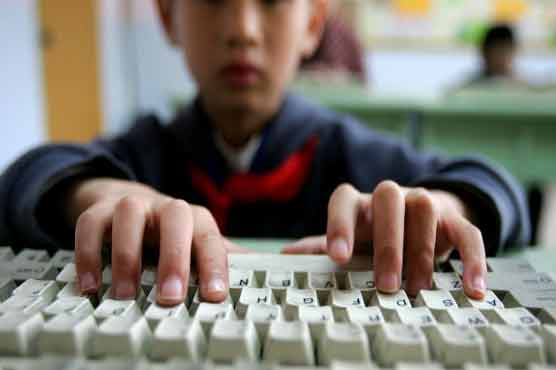 Too much Internet use may leave kids `brain-dead`: UK expert