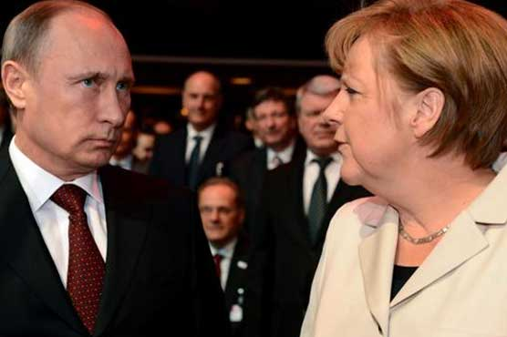 Merkel asks Putin to give NGOs in Russia a chance