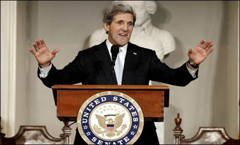 Kerry vows to work for peace