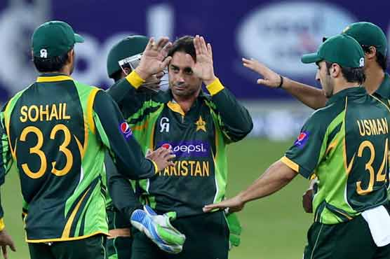 Pakistan rely on bowlers to tame Sri Lanka in Test series