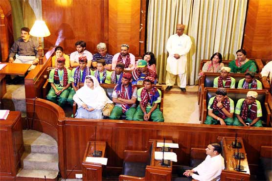 Sindh Assembly rewards Street Child Football team with free education, cash prizes