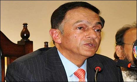 Pakistan economy can pull out of crisis: SBP chief