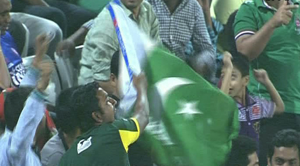 Bangladeshis banned from flying rivals' flags