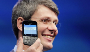 BlackBerry investors to turn up the heat on management