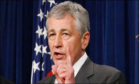 Hagel to tour China's new aircraft carrier