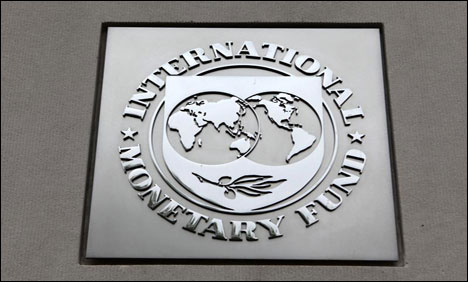 IMF warns Pakistan on foreign exchange reserves