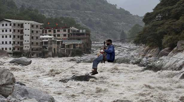 Almost 6,000 people missing in India floods presumed dead