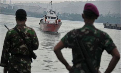 More than 100 asylum seekers rescued in Indonesia boat sinking