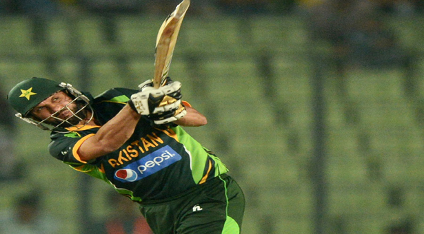 Afridi goes 'Boom Boom' in win against Bangladesh