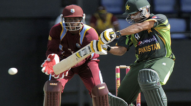 Pakistan beat West Indies in fourth one-dayer