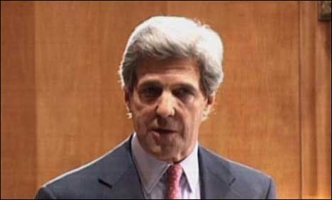 Kerry defends release of Syria attack videos