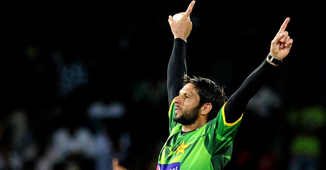 Chief selector gives Afridi last chance