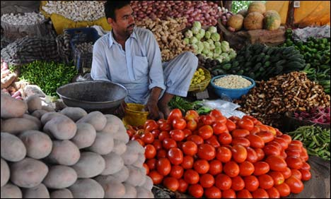 Tomato selling at over Rs200 per kilo in Hyderabad