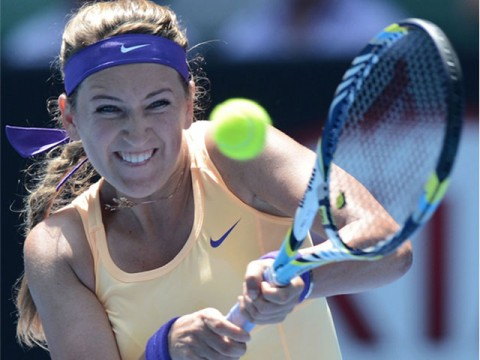 Federer, Serena fly into last eight