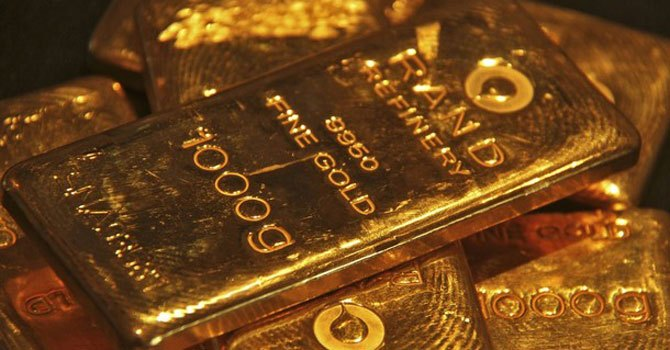 Gold tola price up Rs8,800 in 2012