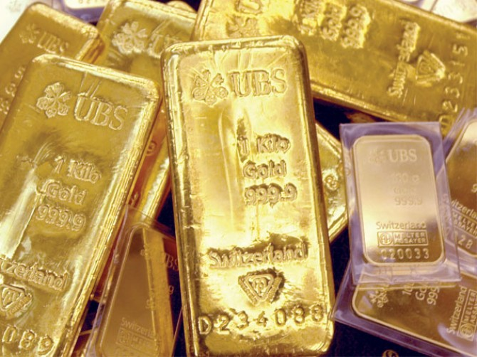 Gold imports surge 48.2pc in 8 months of FY13