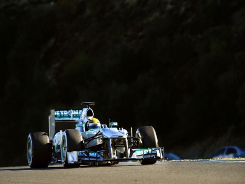 Hamilton spins out on first Mercedes drive
