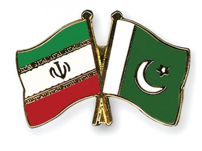 Iran stresses expansion of trade relations with Pakistan