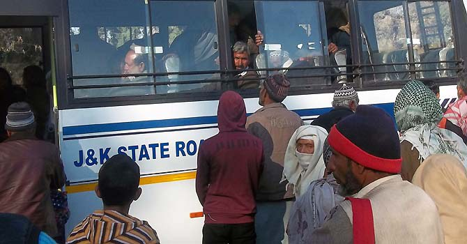 Stranded passengers cross LoC after 20 days