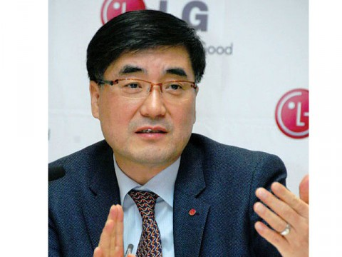 LG leads industry with OLED TV