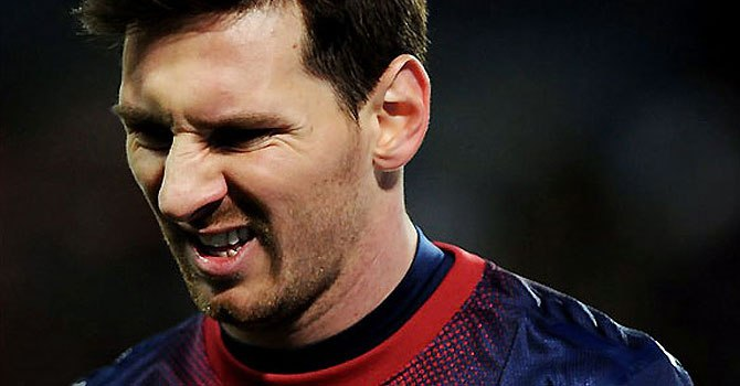 Barca wait on Messi, Real and Bayern smell semis