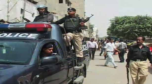 Two bank robberies in an hour in Karachi