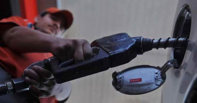 Prices of petroleum products: Govt wants bigger hike than suggested by Ogra