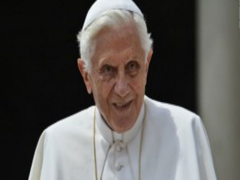 Pope vows obedience to successor