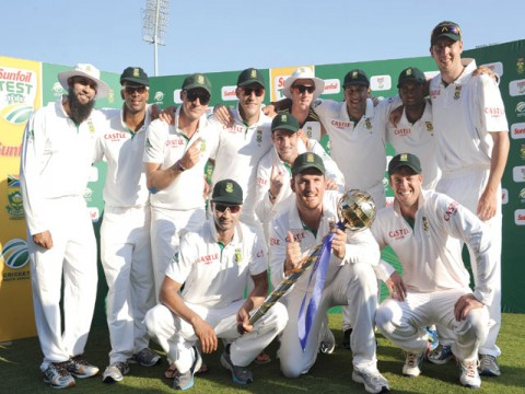 Proteas punish Pakistan in series sweep