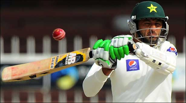 Sri Lanka 19-1, extend lead to 106 against Pakistan