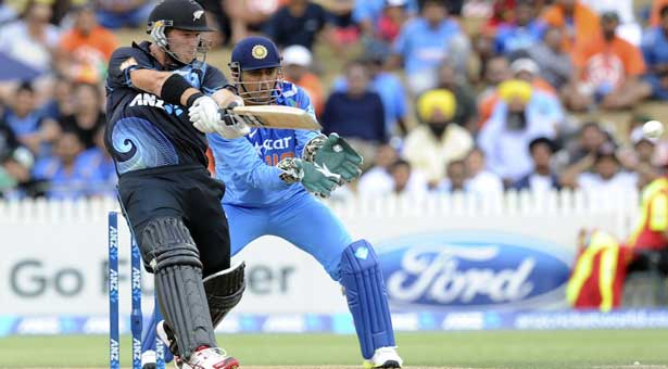 New Zealand beat India by 15 runs in 2nd ODI