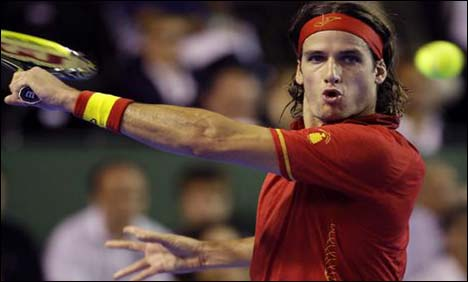 Lopez posts welcome win for Spain in Gstaad