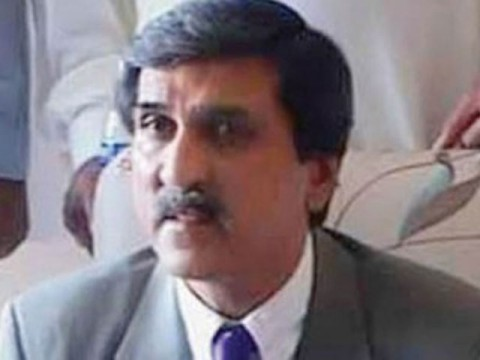 Three sons of Makhdoom Ahmed Mehmood join PPP